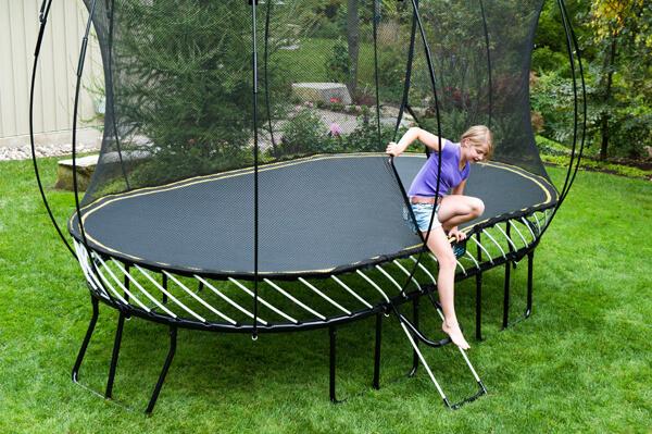 Flexrstep safe trampoline ladder springfree for Springfree trampoline