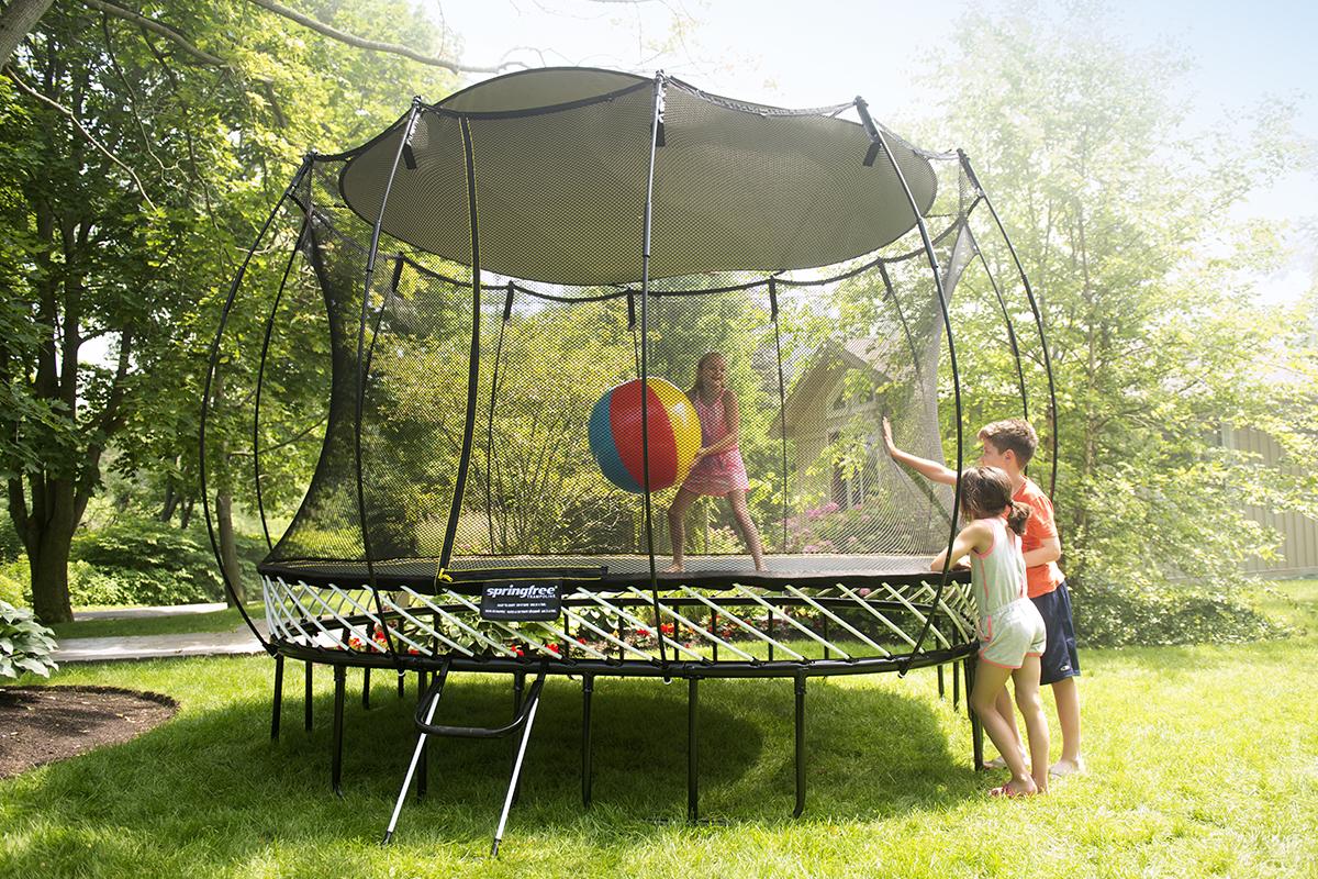 Sunshade springfree trampoline canada en for Springfree trampoline