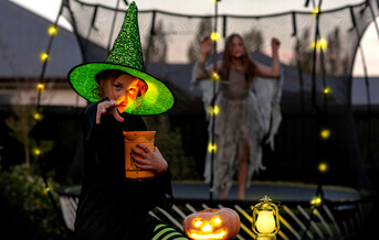 Halloween Party Ideas for Indoors & Outdoors